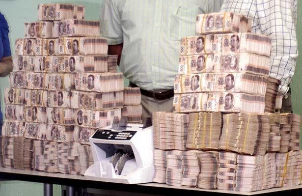 Sorprenden a hombre con 500 mil pesos