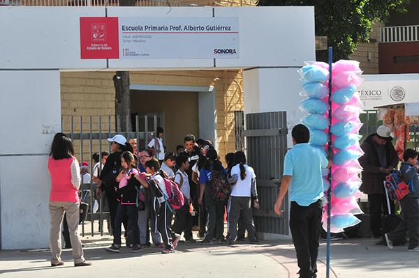 Sufren vandalismo 16 escuelas en vacaciones