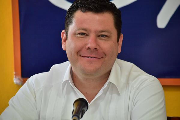 Nombran a Galván como coordinador de diputados del PAN