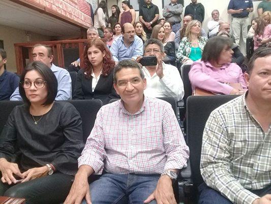 Norberto Barraza se registra ante el IEE