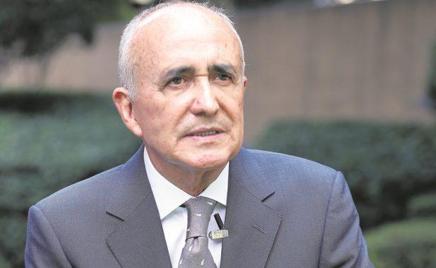 Ferriz de Con denuncia a funcionarios del INE por filtrar datos del padrón electoral