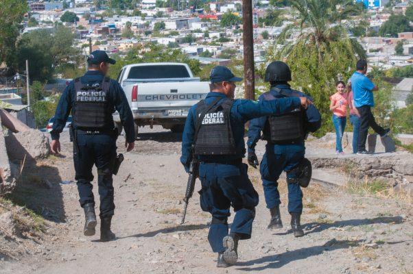 Federales vigilan las colonias de Hermosillo