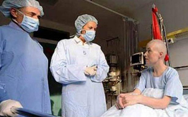 Por recortes, 5.6 millones dejan servicios de salud