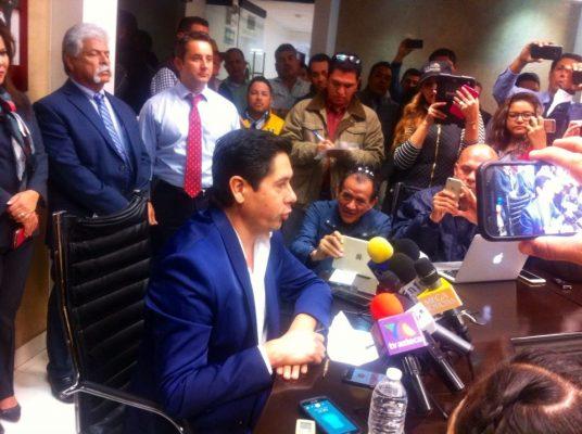 Luis Serrato en contra de candidatura de Antonio Astiazarán