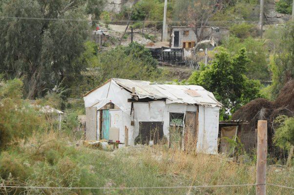 Vaso de la presa es tierra de nadie, denuncian vecinos
