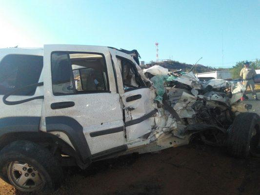 Aparatoso accidente sobre la carretera Internacional salida a Nogales