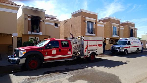 Incendio en vivienda deja a persona herida