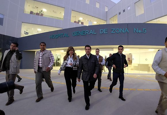 Inaugura Peña Nieto Hospital en Nogales