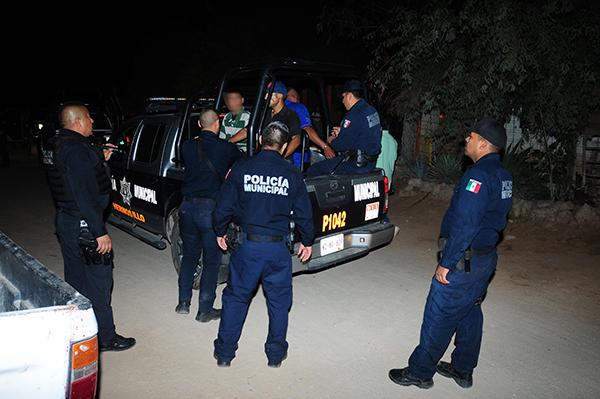 Detienen a 40 personas por infringir la ley