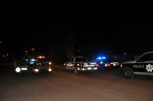 Tras el estruendo de varios disparos, detienen a 2 hombres con un rifle AK-47