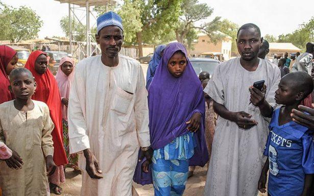 Boko Haram libera a más de 100 estudiantes secuestradas en Nigeria