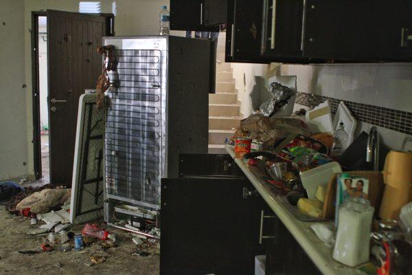 Delincuentes saquean dos casas en Hermosillo