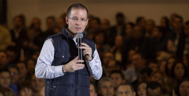 Detener obras del NAIM como propone AMLO, es un disparate: Ricardo Anaya