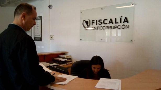 [VIDEO] Denuncian en la FAS a Presidenta Municipal con licencia de Caborca