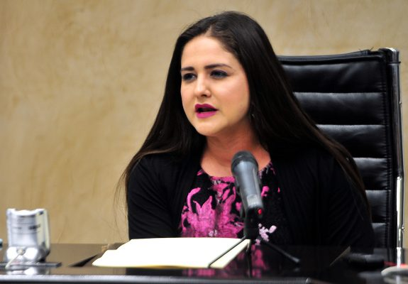 Niega Célida López que debate haya afectado a Obrador