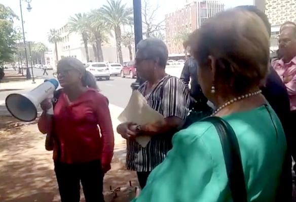 [Video] Maestros jubilados y pensionados regresan al Isssteson