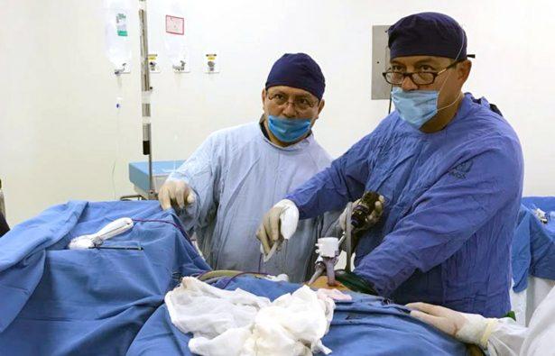 Madre dona riñón a su hijo en el IMSS