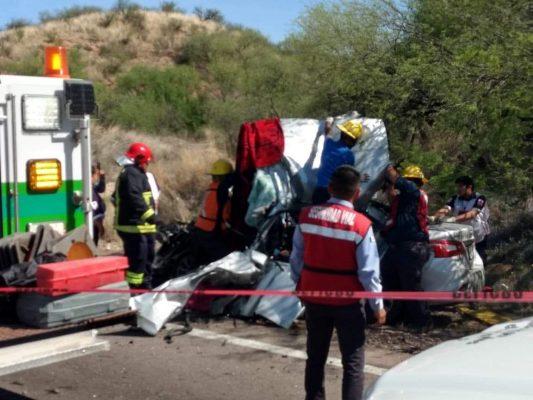 Mueren dos personas en carretera México 15, tramo Imuris-Cíbuta