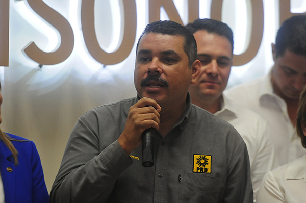 Respaldan candidatura de Anaya Cortés