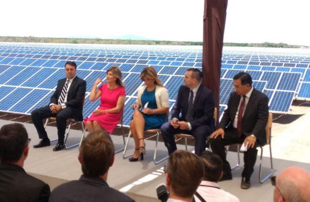 Inaugura Gobernadora Parque Solar Munisol