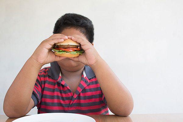 Hígado graso en niños no se detecta a tiempo