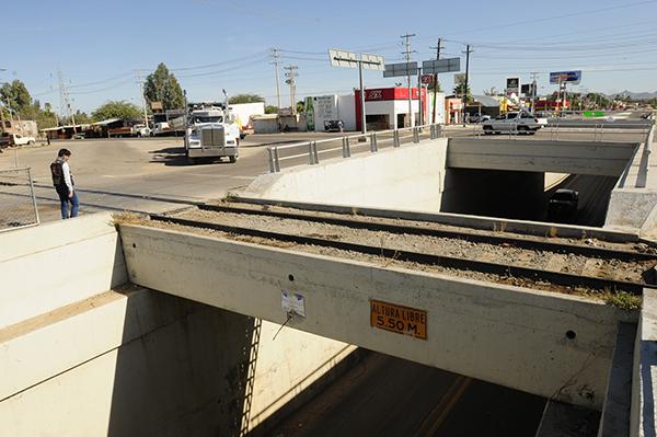 Evalúan la infraestructura del puente de San Pedro
