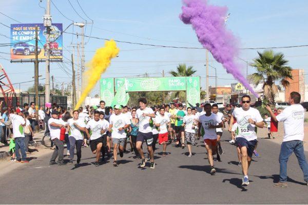 """Participan 580 personas en carrera """"Unidos Corriendo con el Pano"""""""