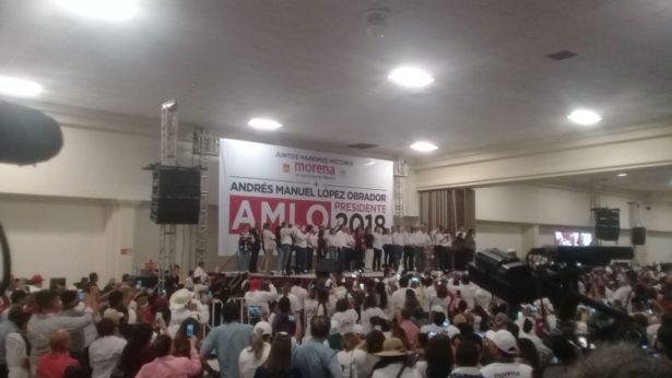Arriba AMLO a Hermosillo para su cierre de campaña