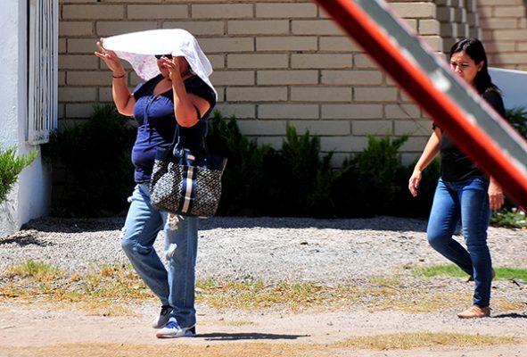 Se esperan hasta 45°C en Hermosillo