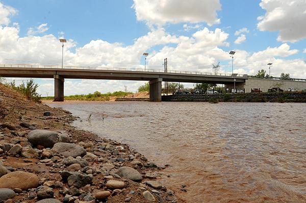 [Galería] Recomiendan tener cuidado en los ríos