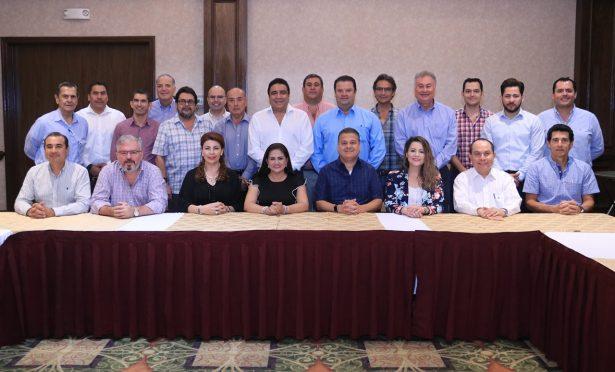 [Galería] Célida López reunió al comité ciudadano