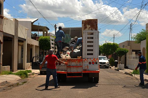 Recolectan la basura luego de 2 semanas en San Ángel