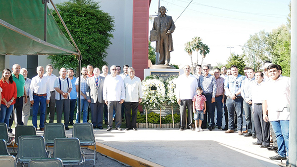 Reconoce PRI a Benito Juárez