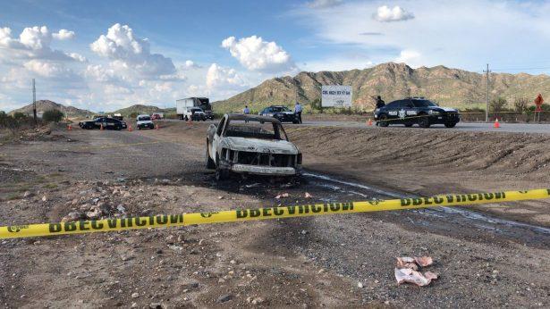 [Galería] Encuentran restos de hombre al interior de un auto quemado