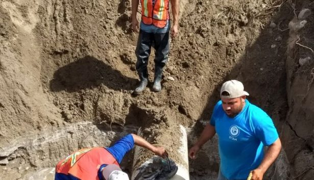 Continúan trabajos para restablecer servicio de agua al norte de la ciudad