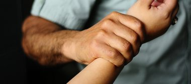 Joven encontrada en lote baldío no sufrió de abuso sexual