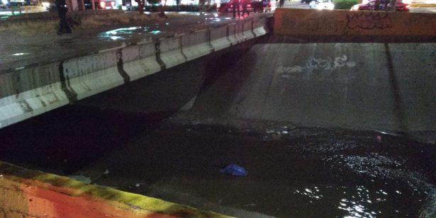 Encuentran a mujer sin vida en el canal del Vado del Río