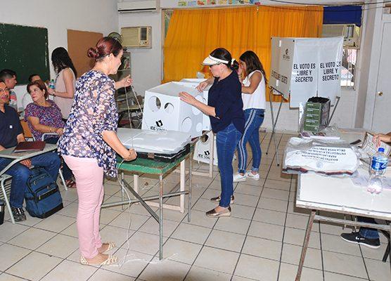 Ganan las urnas el voto femenino