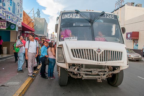 Usuarios piden mejorar el transporte en la capital