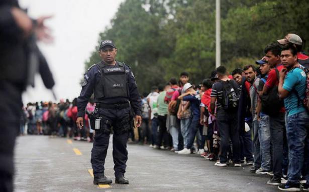 México no permitirá entrada de caravana migrante sin visa en la frontera sur