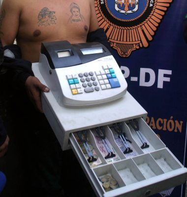 Despojan de 4 mil pesos a dueño de un abarrotes