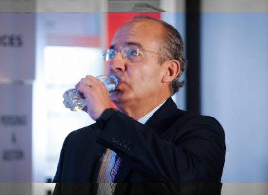 Restan importancia a críticas de Calderón