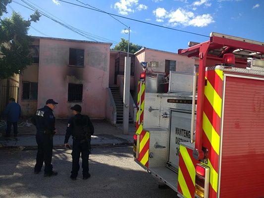 Arde una vivienda en la Nuevo Hermosillo