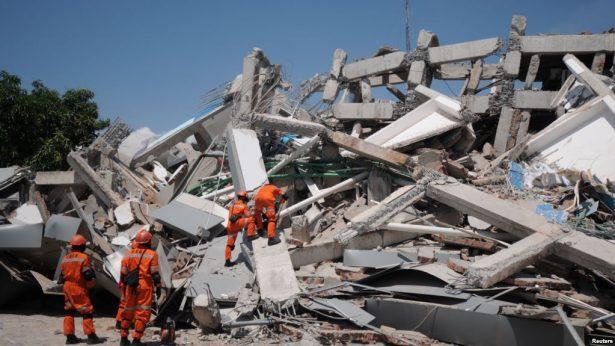 Lanzan ultimátum a más de 760 presos que escaparon tras terremoto en Indonesia