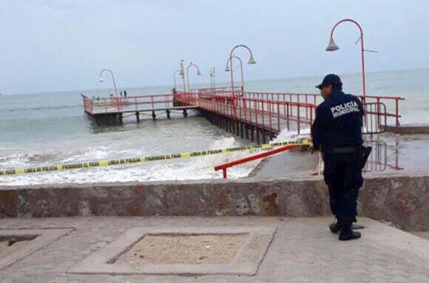 """Muere al nadar en Bahía de Kino en plena alerta por tormenta tropical """"Sergio"""""""