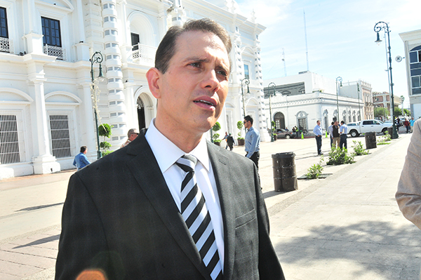 Presenta Rodolfo Montes de Oca renuncia a la Fiscalía General de Justicia de Sonora
