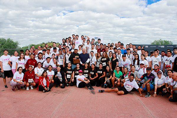 Participa UES en carrera y caminata 5K México 68