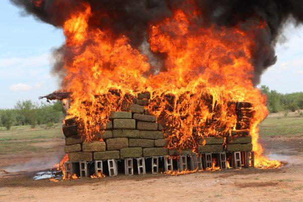 PGR incinera más de tonelada y media de narcóticos en Sonora