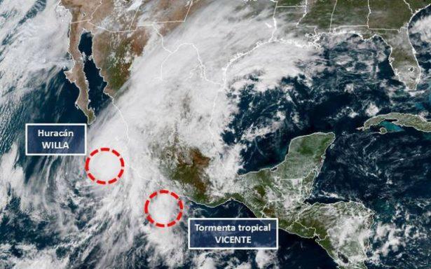 Willa baja a categoría 3; Vicente llega Michoacán