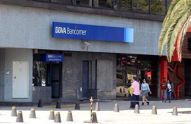 Revelan que México investiga a siete bancos por manipulación con bonos